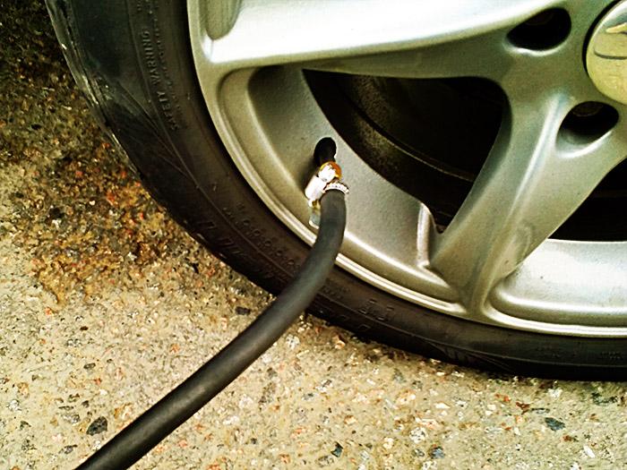 следите за давлением в шинах
